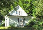 Foreclosed Home in South Haven 49090 M 43 - Property ID: 4039081319