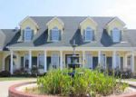 Foreclosed Home in Cave City 42127 OLD LEXINGTON RD - Property ID: 4039240753