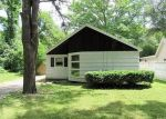 Foreclosed Home in Holliston 1746 COTTAGE DR - Property ID: 4039282350