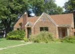 Foreclosed Home in Searcy 72143 W ARCH AVE - Property ID: 4039681348