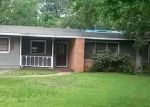 Foreclosed Home in Lufkin 75904 TOM TEMPLE DR - Property ID: 4040231440