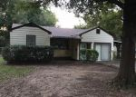 Foreclosed Home in Sallisaw 74955 CHICKASAW PL - Property ID: 4040394816