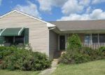 Foreclosed Home in Woodstown 8098 MELISSA LN - Property ID: 4040621232