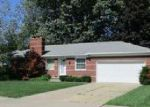 Foreclosed Home in Saint Clair Shores 48080 EDGEWOOD ST - Property ID: 4040899801