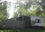 Foreclosed Home in Davenport 52806 W 49TH ST - Property ID: 4041042573