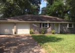 Foreclosed Home in Spring 77380 RUSTLING PINES ST - Property ID: 4041338646