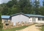 Foreclosed Home in La Follette 37766 GLADE SPRINGS RD - Property ID: 4041459971