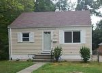 Foreclosed Home in Silver Spring 20906 GARRETT PARK RD - Property ID: 4041859387