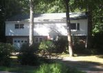 Foreclosed Home in York 03909 OLD POST RD - Property ID: 4041875150