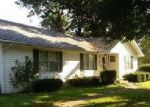 Foreclosed Home in Mount Vernon 62864 EVERGREEN DR - Property ID: 4041987275