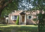 Foreclosed Home in New London 06320 OCEAN AVE - Property ID: 4042252246