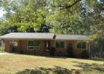 Foreclosed Home in Anniston 36206 SHERWOOD DR - Property ID: 4042471235