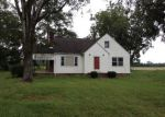 Foreclosed Home in Fairmont 28340 WARD STORE RD - Property ID: 4043075649