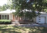 Foreclosed Home in Independence 64055 S CRYSLER AVE - Property ID: 4043341948