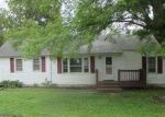 Foreclosed Home in Kansas City 64129 E 58TH ST - Property ID: 4043373917