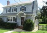 Foreclosed Home in Glen Burnie 21061 3RD AVE SE - Property ID: 4043519755