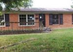 Foreclosed Home in Louisville 40258 OAK PARK DR - Property ID: 4043591131