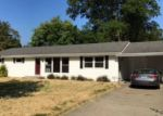 Foreclosed Home in Henderson 42420 HOLLOWAY LN - Property ID: 4043595973