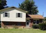 Foreclosed Home in Radcliff 40160 CAROLYN ST - Property ID: 4043598142
