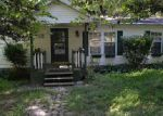 Foreclosed Home in Scottsville 42164 WOODVIEW LN - Property ID: 4043611278