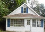Foreclosed Home in Bristol 06010 FAIRLAWN ST - Property ID: 4043982247