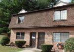Foreclosed Home in Thomaston 06787 PINE HILL RD - Property ID: 4043986186