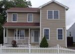 Foreclosed Home in Bridgeport 06606 THORME ST - Property ID: 4044001526