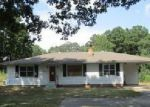 Foreclosed Home in Bauxite 72011 STYLES RD - Property ID: 4044101825