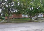 Foreclosed Home in Lincolnwood 60712 N TRIPP AVE - Property ID: 4044256872