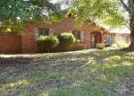 Foreclosed Home in Collinsville 62234 WINDRIDGE DR - Property ID: 4044357150