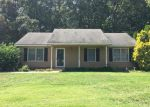 Foreclosed Home in Gastonia 28052 HICKORY CREEK DR - Property ID: 4044401388