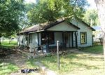 Foreclosed Home in Fort Worth 76111 FINLEY ST - Property ID: 4044595867