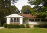 Foreclosed Home in Milwaukee 53223 N 51ST ST - Property ID: 4044909890
