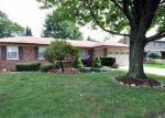 Foreclosed Home in Clinton Township 48038 VINCENZIA DR - Property ID: 4045679848