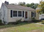 Foreclosed Home in East Haven 06512 MEADOW PL - Property ID: 4046050361