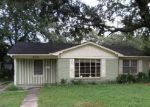 Foreclosed Home in Mobile 36617 ROBERTA DR - Property ID: 4046170370