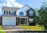 Foreclosed Home in Plainfield 60586 OAKSHIRE CT - Property ID: 4046378856