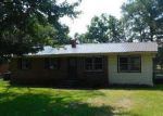 Foreclosed Home in Laurinburg 28352 ALDER RD - Property ID: 4047041503