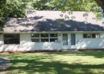 Foreclosed Home in Youngstown 44515 S EDGEHILL AVE - Property ID: 4047076542