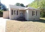 Foreclosed Home in Memphis 38111 GREEN DOLPHIN ST - Property ID: 4047246472
