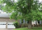 Foreclosed Home in Clarksville 37042 STONEBROOK DR - Property ID: 4047560498