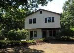 Foreclosed Home in East Quogue 11942 LAURA CT - Property ID: 4047919641