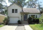 Foreclosed Home in Villa Park 60181 N ARDMORE AVE - Property ID: 4048677780