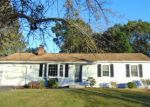Foreclosed Home in Milford 06460 ESSEX DR - Property ID: 4048814417