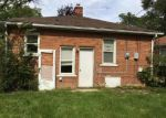 Foreclosed Home in Dearborn Heights 48125 PENNIE ST - Property ID: 4049255905