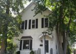 Foreclosed Home in Burlington 52601 S GUNNISON ST - Property ID: 4049738552