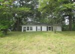 Foreclosed Home in East Moline 61244 19TH ST - Property ID: 4049780593