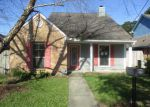 Foreclosed Home in Baton Rouge 70816 OLGA LEE DR - Property ID: 4049916360