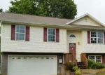 Foreclosed Home in Johnson City 37601 SNOWDEN TER - Property ID: 4050346451
