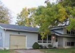 Foreclosed Home in Bettendorf 52722 CRESTVIEW DR - Property ID: 4050815974